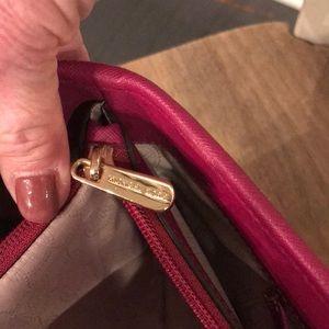 Michael Kors Bags - Authentic Michael Kors small jet set tote